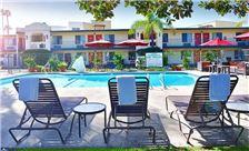 Pool-02 Lamplighter Inn & Suites at SDSU California