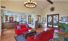 Guest Rooms Lamplighter Inn & Suites at SDSU California