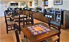 Breakfast Lamplighter Inn & Suites at SDSU California